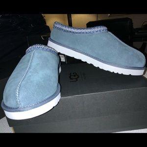 NWT UGG TASMAN mans slip on shoe.  Size 11